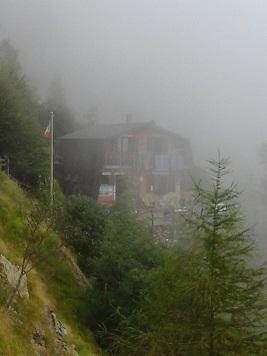 rifugio nebbioso